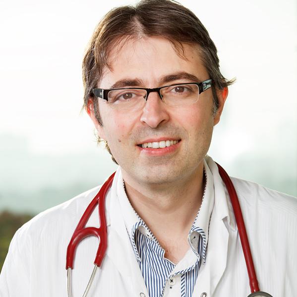 Доктор Михаэль Пээр (Папиашвили) - Торакальный хирург - Специалист по операциям на легких и грудной клетке, фото
