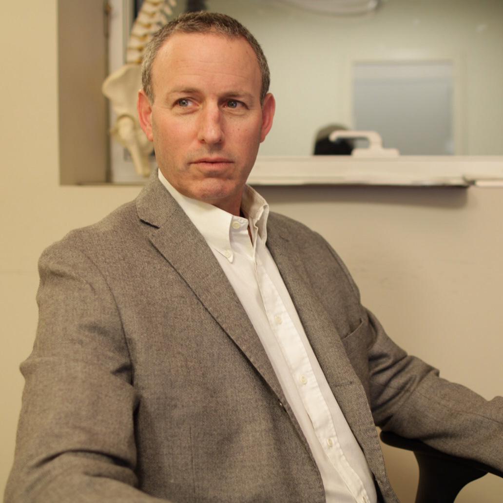 Доктор Гидеон Бурштейн - Ортопед - Травматолог - Врач спортивной медицины, фото