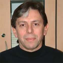 Доктор Роберто Шпигельман - Нейрохирург - Радиохирург, фото