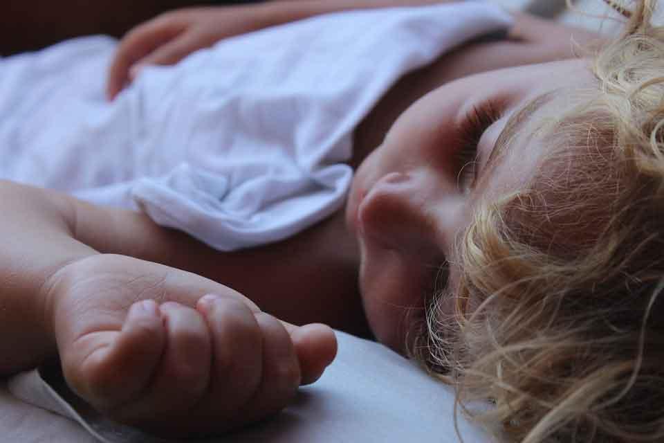 Синдром апноэ у ребенка: когда необходимо насторожиться и что предпринять